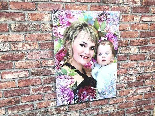 Цветочный портрет на холсте
