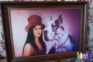 Цифровой портрет девушка с собакой